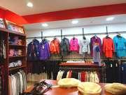 Торговое оборудование б/у (торговая мебель) для одежды.